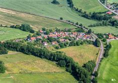 Letecké snímky obce Jesenec 2021